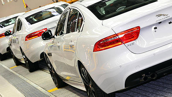 Jaguar-XE-enters-production
