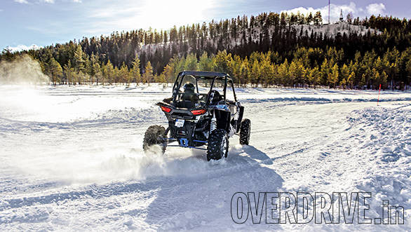 Polaris RZR on ice (1)