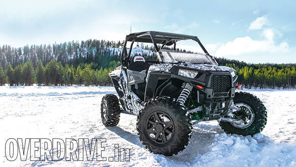 Polaris RZR on ice (2)
