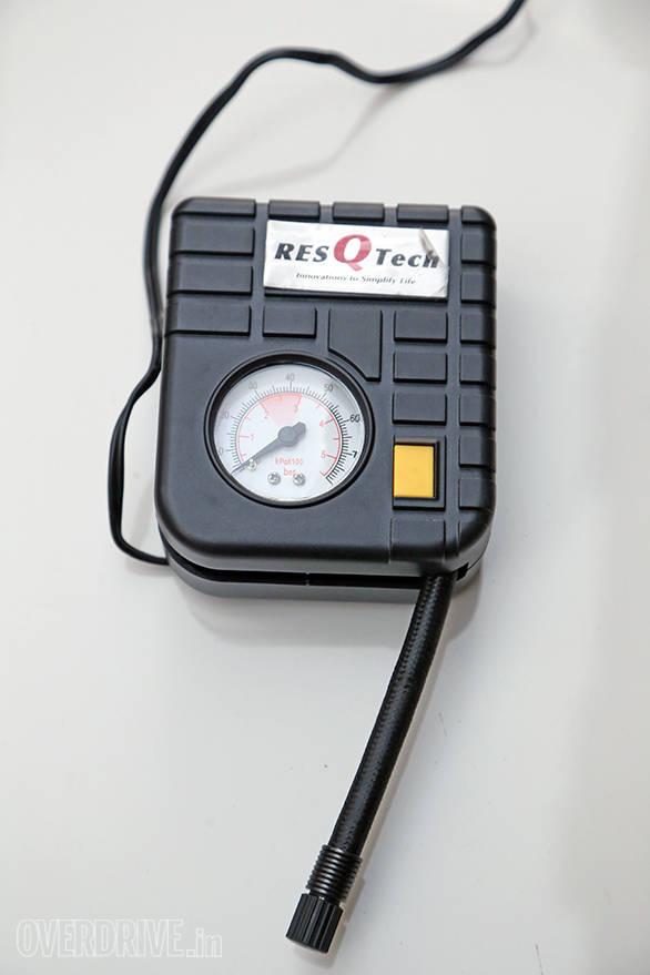 Resqtech micro tyre inflator (3)