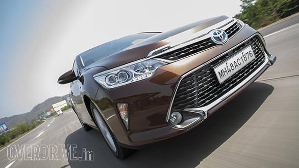 Toyota Camry Hybrid 2015 (11)