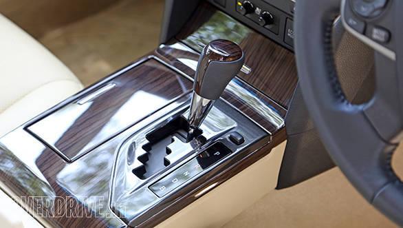 Toyota Camry Hybrid 2015 (5)