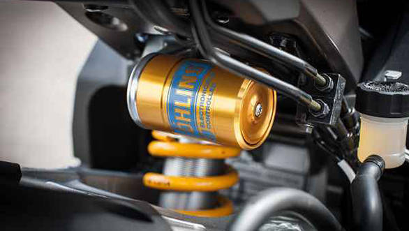 r1mdetail-shock (1)