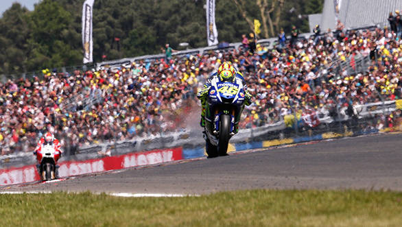 011_motogp__gp_2195.gallery_full_top_lg
