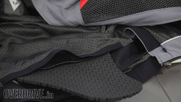 Dainese S-ST Tourer jacket back protector detail