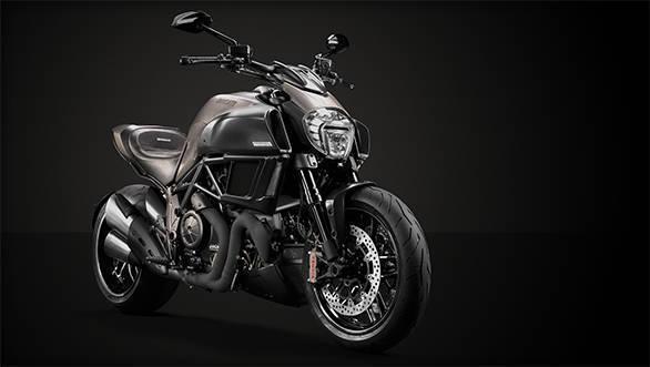 2015 Ducati Diavel Titanium unveiled