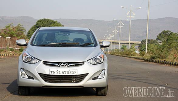 Hyundai Elantra 2015 (4)