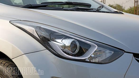 Hyundai Elantra 2015 (7)