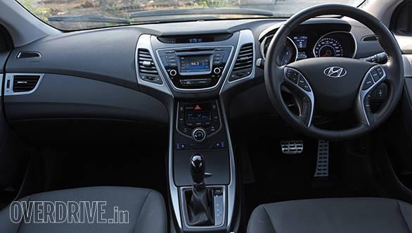Hyundai Elantra 2015 (9)