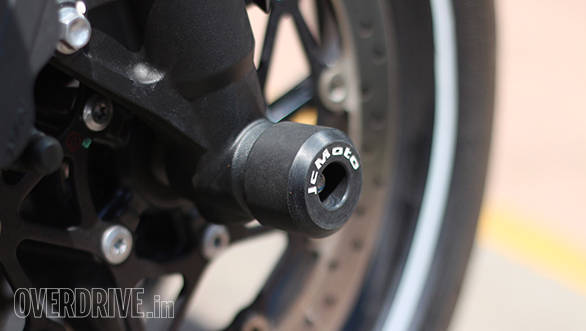 Fork spools protect the front suspension in a crash