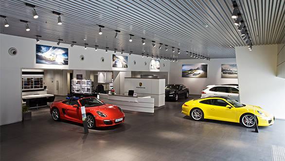 Porsche_Centre-Kolkata_2