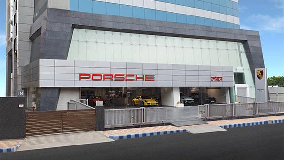 Porsche_Centre_Kolkata_01
