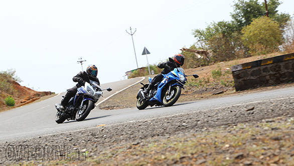 Yamaha Fazer Fi vs Suzuki Gixxer SF vs Bajaj Pulsar AS 150 (16)