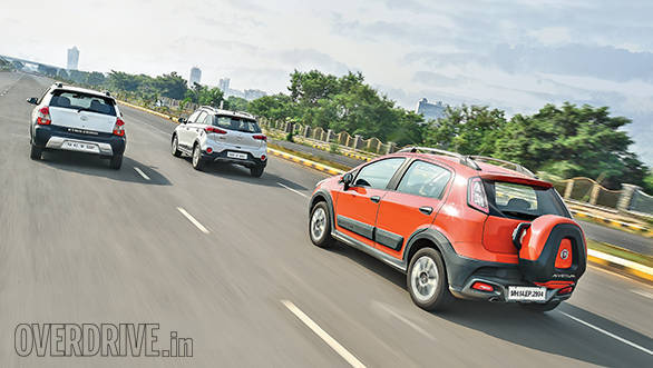 Hyundai i20 Active vs Fiat Avventurs vs Toyota Etios Cross (2)