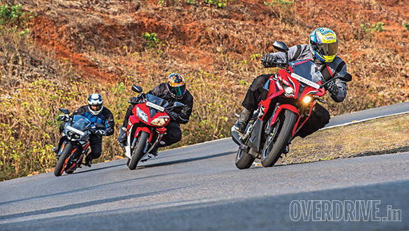KTM RC200 vs Yamaha R15 vs Bajaj Pulsar RS200 (6)
