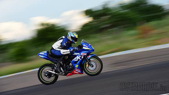 Suzuki Gixxer SF race bike (1)