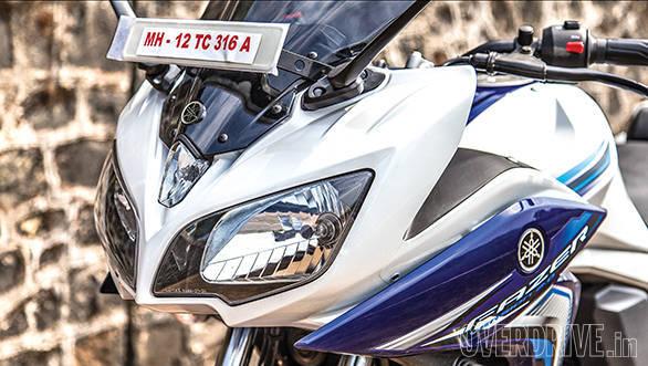 Suzuki Gixxer SF vs Yamaha Fazer Fi (5)