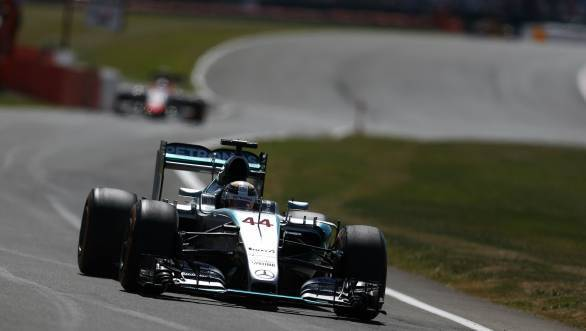 Lewis Hamilton takes his eighth pole of nine races at the 2015 British GP