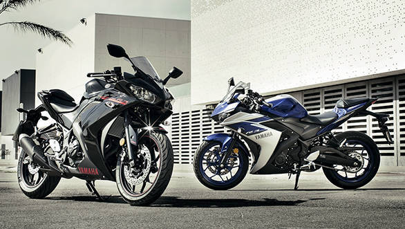 2015-Yamaha-YZF-R320-EU-Race-Blu-Static-003