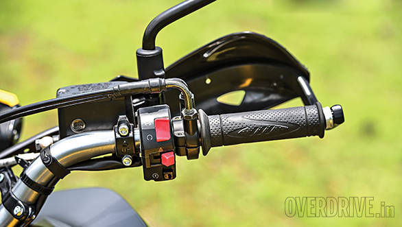 The Trek very much looks the business with its metal-stayed hand guards