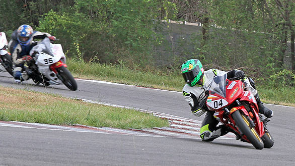 Vishwadev Muraleedharan of Sparks Racing leading the charge while winning the Group D (165cc) Novice race in the second round of the MMSC FMSCI Indian National Motorcycle Racing Championship in Chennai on Saturday.