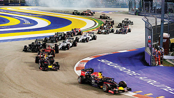 Thrilling race action at the Marina Bay Street Circuit