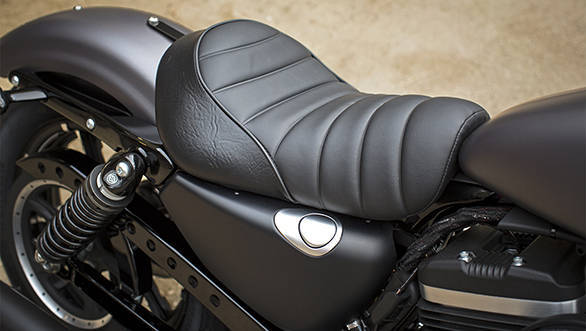 2016 Harley Davidson 883  (18)