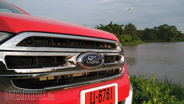 Ford Endeavour new (12)