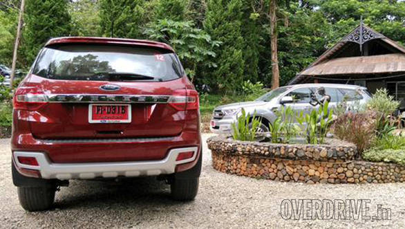 Ford Endeavour new (5)