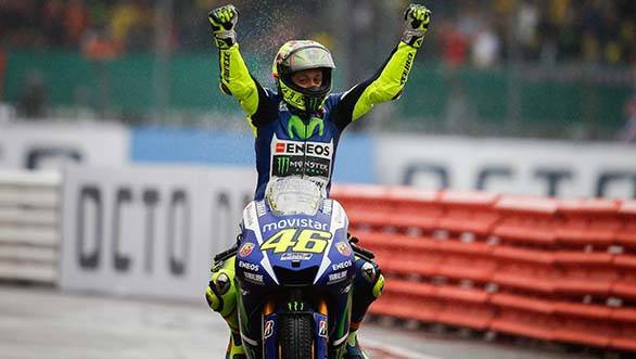 MotoGP 2015: Rossi regains championship lead after Silverstone win