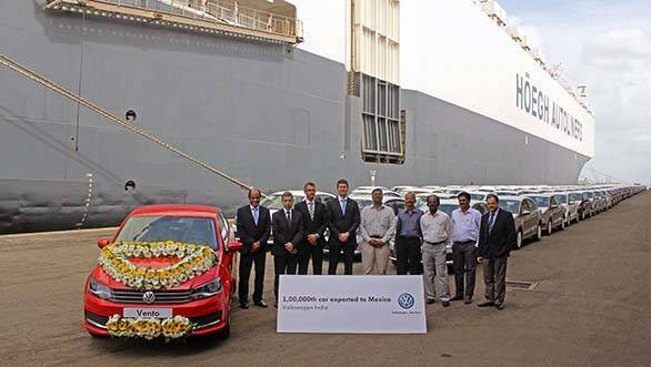 Volkswagen India ships 1,00,000th car to Mexico-a red Vento (1)