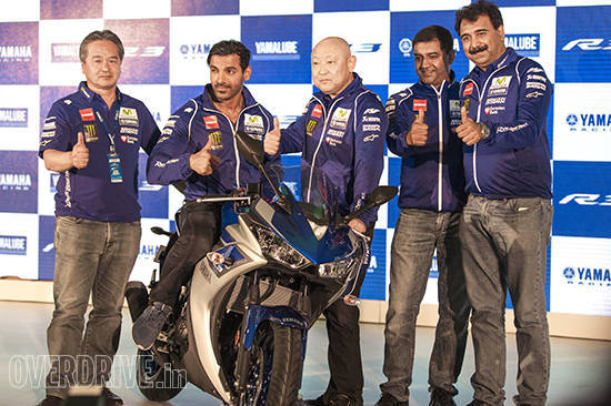 Yamaha YZF-R3 in India (1)