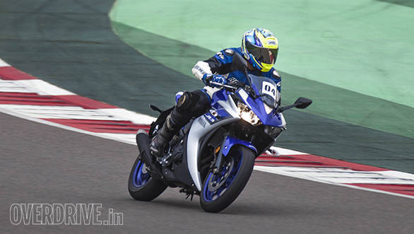 Yamaha YZF-R3 in India (4)