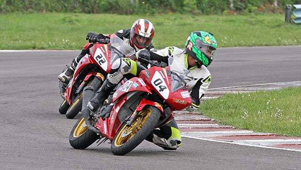 Vishwadev Muraleedharan of Sparks Racing (No.04), winner of the Group D (165cc) Novice race in the third round of the MMSC FMSCI Indian National Racing Championship in Chennai on Saturday.
