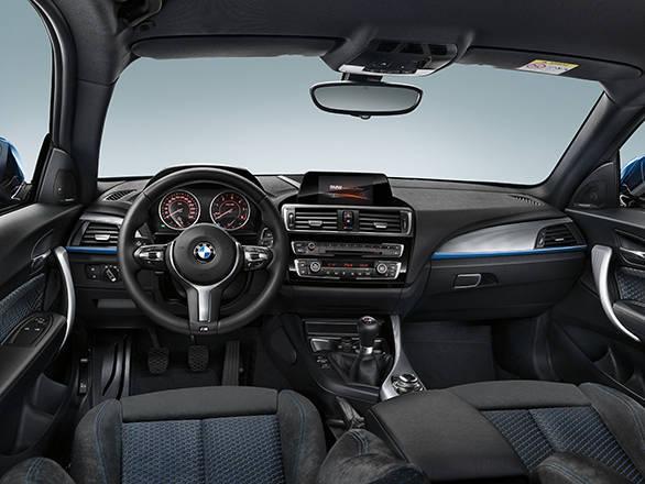 2015 BMW 1 Series interior