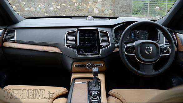 2016 Volvo XC90 (3)