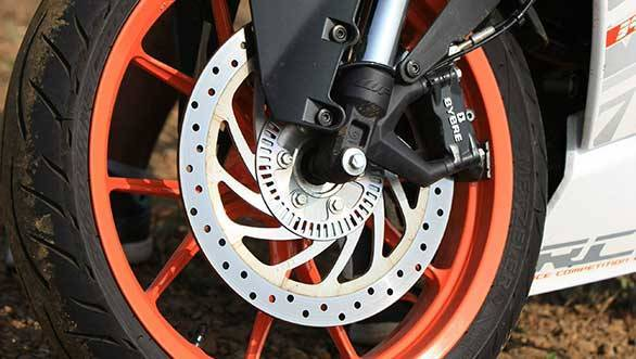 Government of India makes ABS and CBS mandatory on all two-wheelers by April 2018