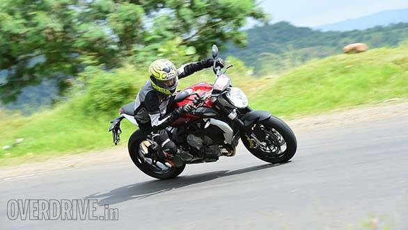 2015 MV Agusta Brutale 800 first ride review (India)