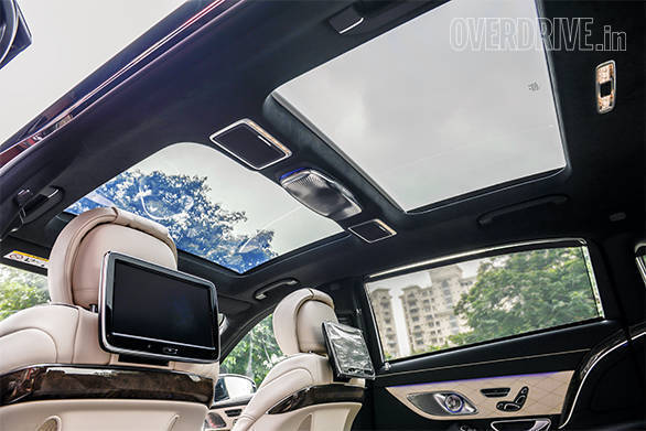 Mercedes-Benz Maybach S600 (6)
