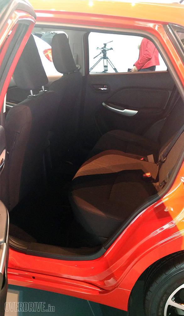 Suzuki Baleno hatchback (3)