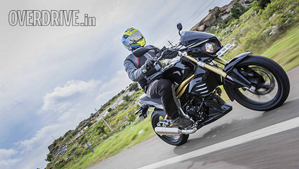 2015 Mahindra Mojo first ride review