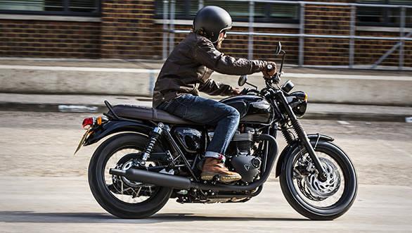 Triumph Bonneville T120 Black (9)