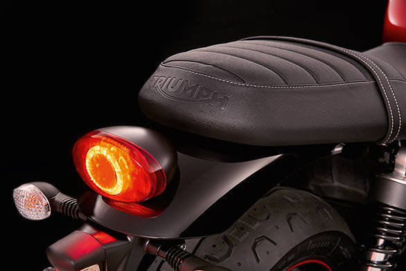 Triumph are upgrading all the 2016 Bonnevilles to LED tail lamps. The Street Twin for instance, gets this new unit with its unique pattern. Also note the seat which is similar is silhouette to the outgoing motorcycle's but marginally lower in height and Triumph claim, a lot more comfy