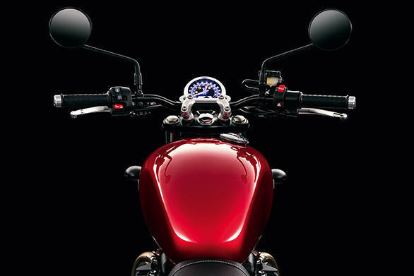 The new 2016 Triumph Street Twin's tank narrows towards the rider. The front of the seat is narrower as well to allow new riders to get their feet down firmly and gain confidence. Note single pod meter - this is specific to the Street Twin
