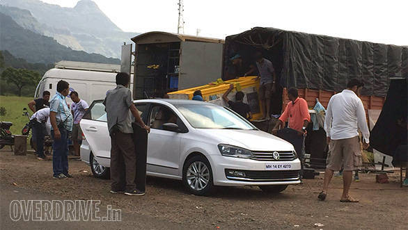 Volkswagen Vento Highline Plus (1)