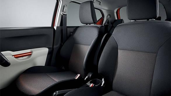 suzuki-ignis_rear seat