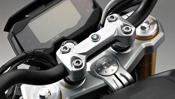 2016 BMW G 130 R (9)
