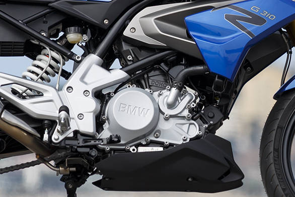 BMW uses a reversed head configuration for the new 310cc engine that places the intake in the front and the exhaust at the rear. This allows them to move the centre of gravity lower and forward while creating space for a long swingers, says BMW Motorrad.