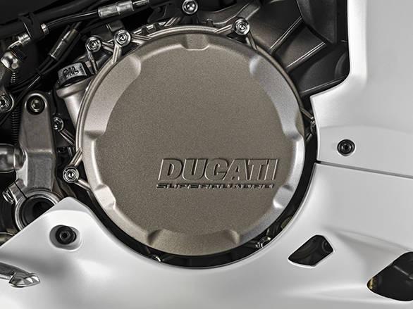 Ducati 959 PANIGALE (10)