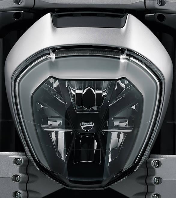 Ducati XDIAVEL S (6)
